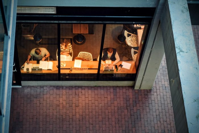 Motivare uno smart worker: quando l'azienda scopre le insidie del lavoro a distanza