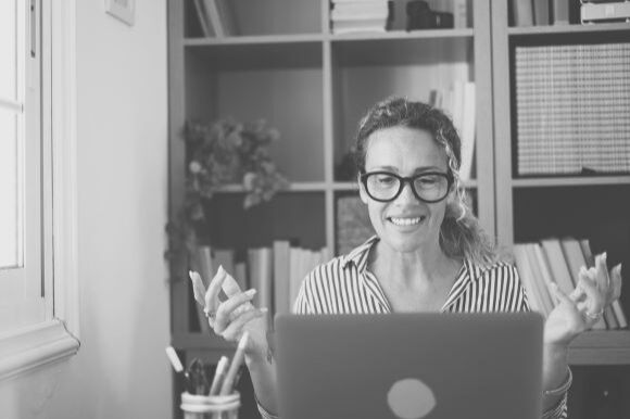 Come scrivere un'e-mail per una richiesta di colloquio, anche telefonico o video