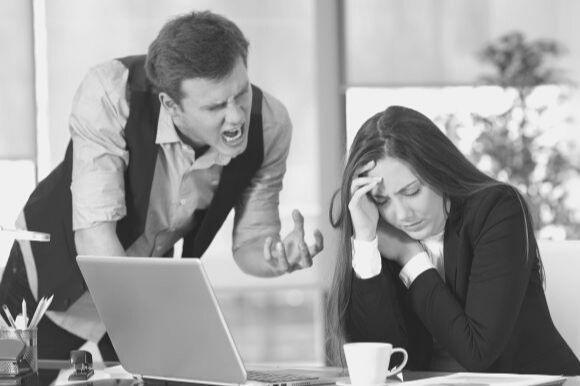 Pesten op de werkvloer: zo ga je het tegen