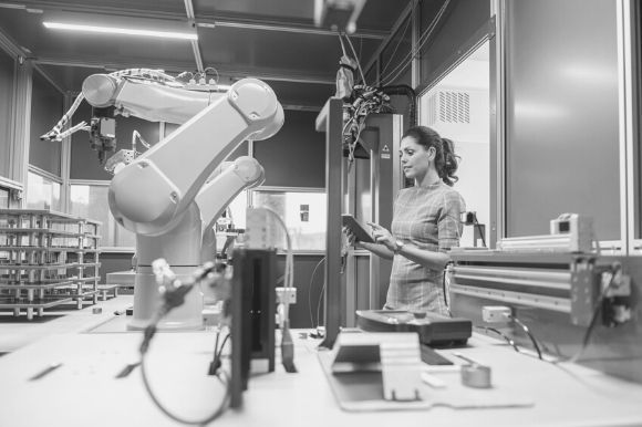 Workplace Automation vs. Hiring: Factors to Consider