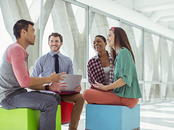 How should I manage an internal recruitment referral programme?