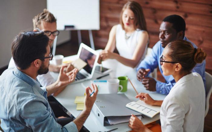 Traiter avec une agence de recrutement pour votre petite entreprise